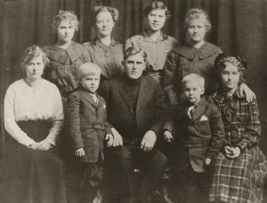 FredNelsonChildren1915