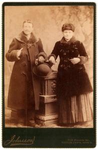 SwedishAlbumSiouxCityCouple1889