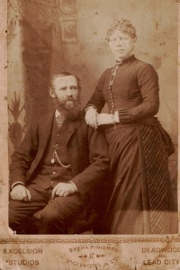 Unidentified_Deadwood_Couple_01