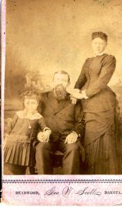 Unidentified_Deadwood_Family