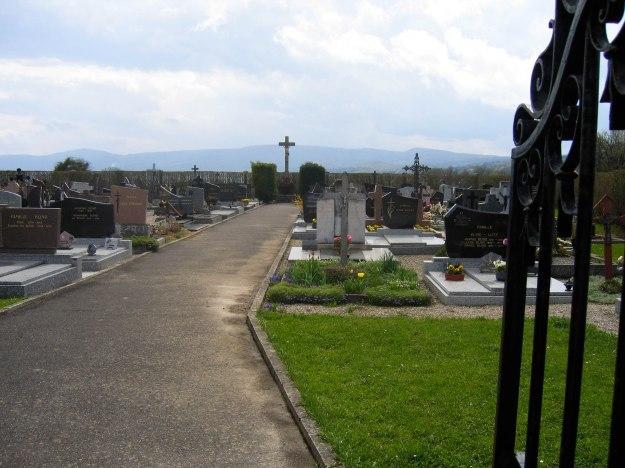 Sondersdorf_Cemetery_2006